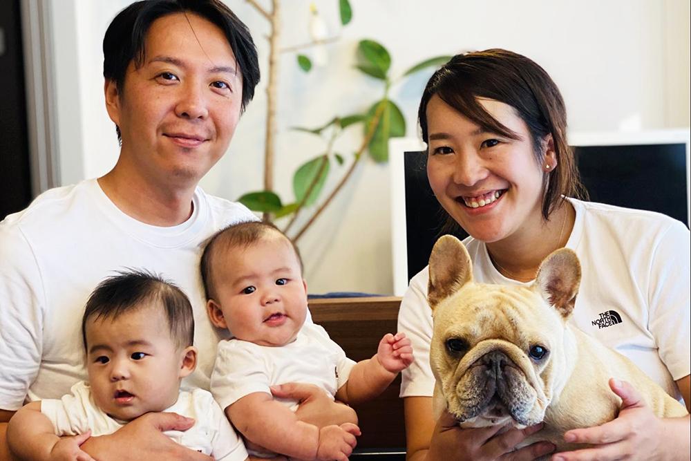 池田さんご夫婦と子どもたちとプースケくん